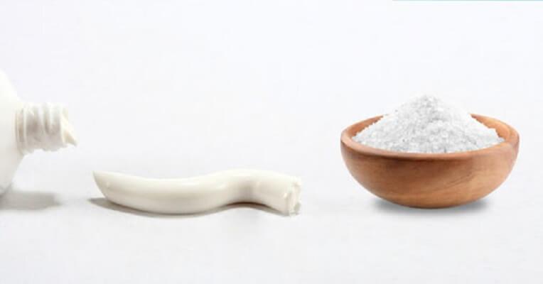 Kết Hợp Kem đánh Răng Và Muối Làm Trắng Răng